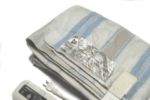 Is Your Electric Blanket Safe? - Natural Health Information