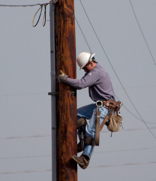 electric utilities worker Adult Leukemia and electromagnetic fields